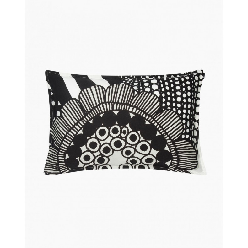 Siirtolapuutarha cushion cover in black and white