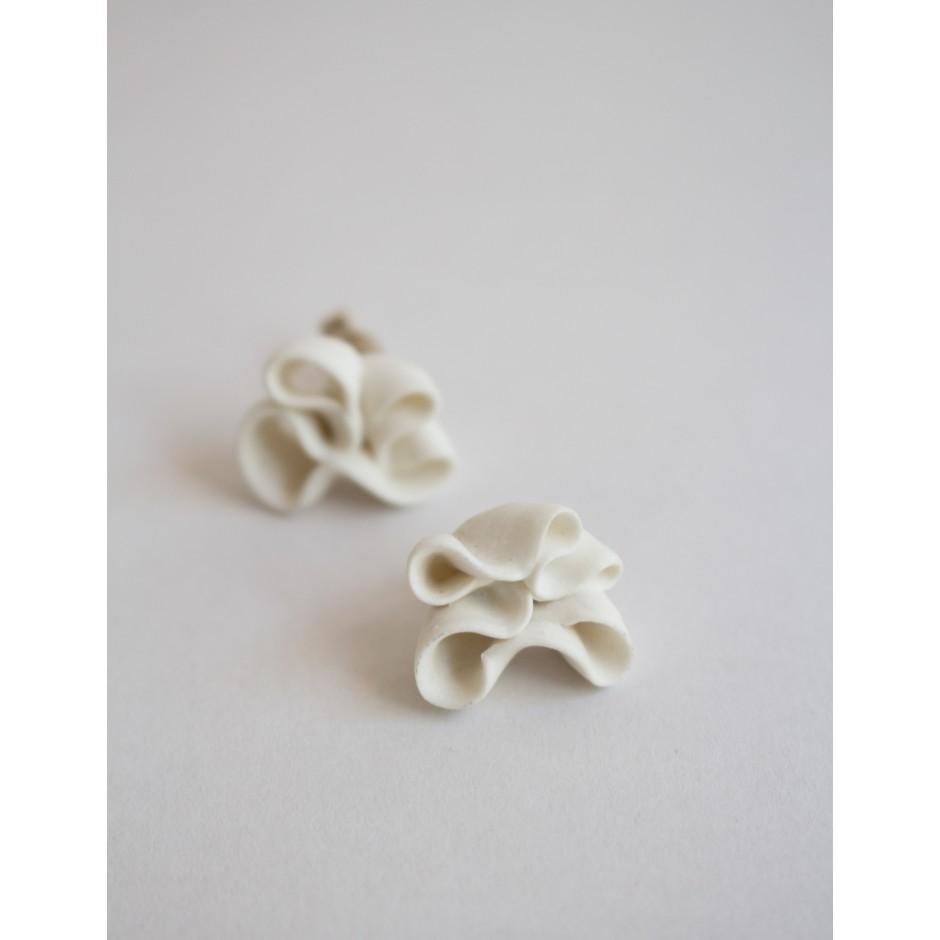 Heidi Aulikki | boucles d'oreilles en céramique blanc