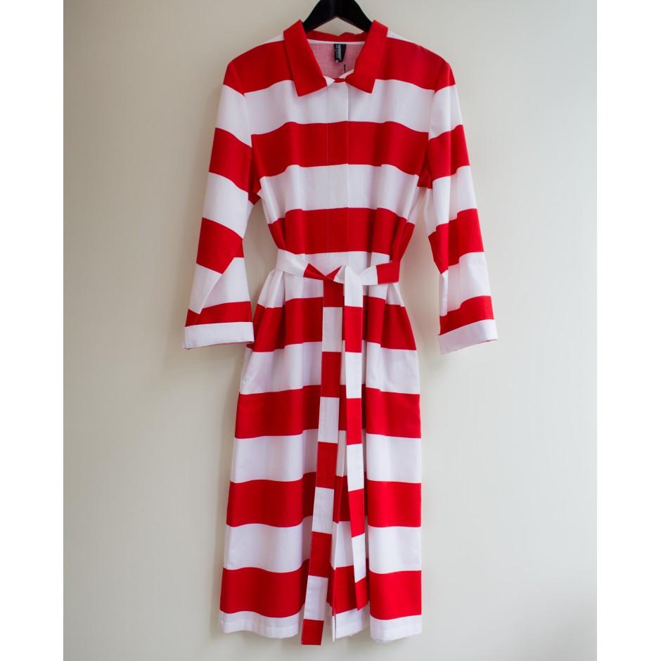 Robe Jokiraita blanc et rouge, Vuokko